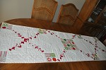 Christmas table runner (Patti)