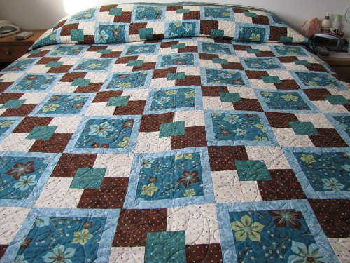 Free Quilt Patterns Queen Size Bed : Flower Gardens Quilt Contest - Quilting Gallery /Quilting Gallery