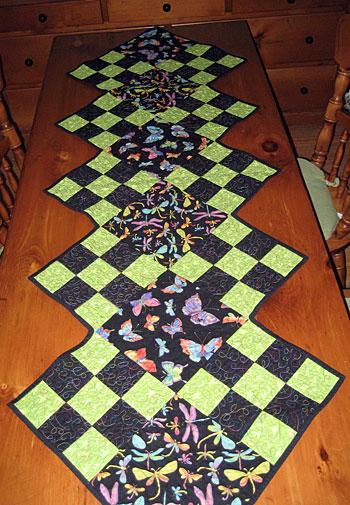 fluttering-wings-table-runner