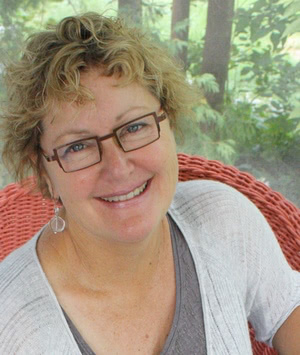 Linzee Kull McCray, writer & editor