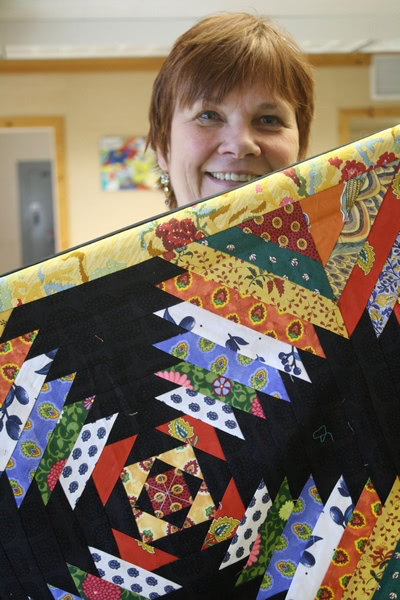 Mary Lou Weidman retreat for Quilt Country column