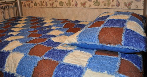 blue brown rag quilt