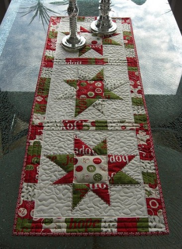 Christmas Table Runner Quilted.Christmas Table Runners Quilting Gallery